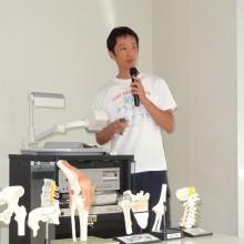 講義を行う佐田先生