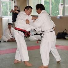 50才代の部準優勝の髙石選手(左)