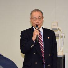 柔道整復師のプロフェッショナリズムについて講義を行う西島稔了先生