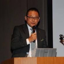 司会進行する塩川総務担当役員