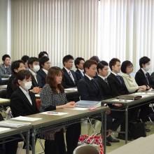 研修会に参加の先生方2