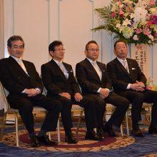 発起人の先生方(右から:松岡会長・塩川副会長・小川副会長・村田副会長)