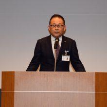 塩川副会長の開会挨拶